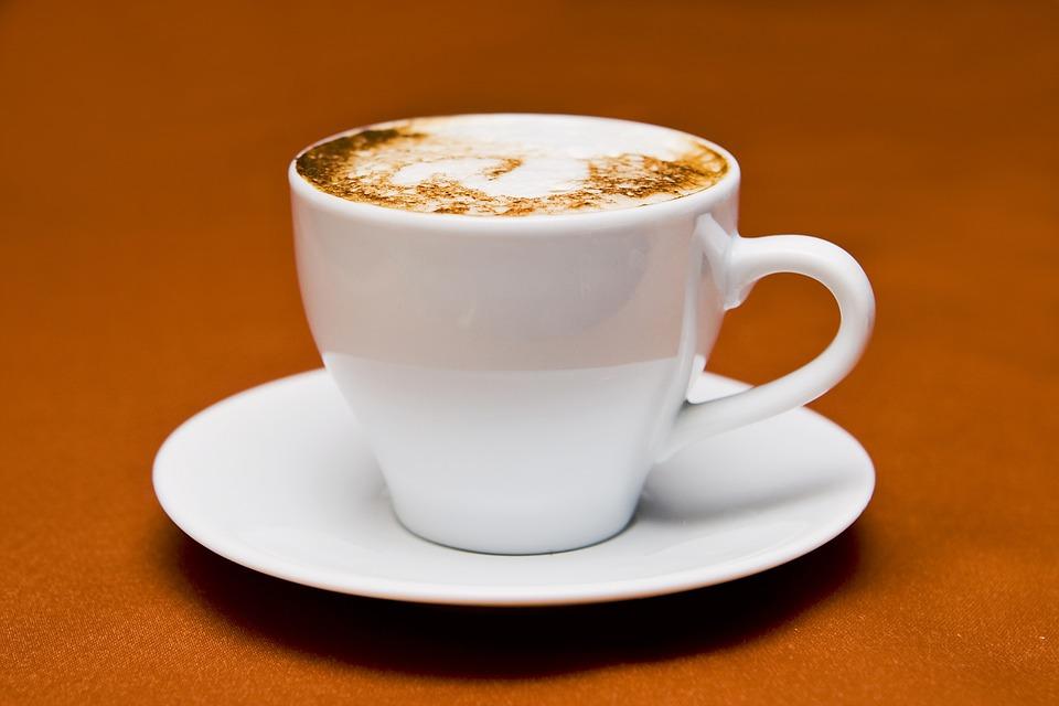 Le 7 regole d'oro per il cappuccino perfetto