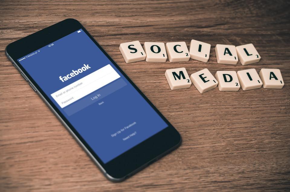 Facebook al bar: ecco cosa devi fare