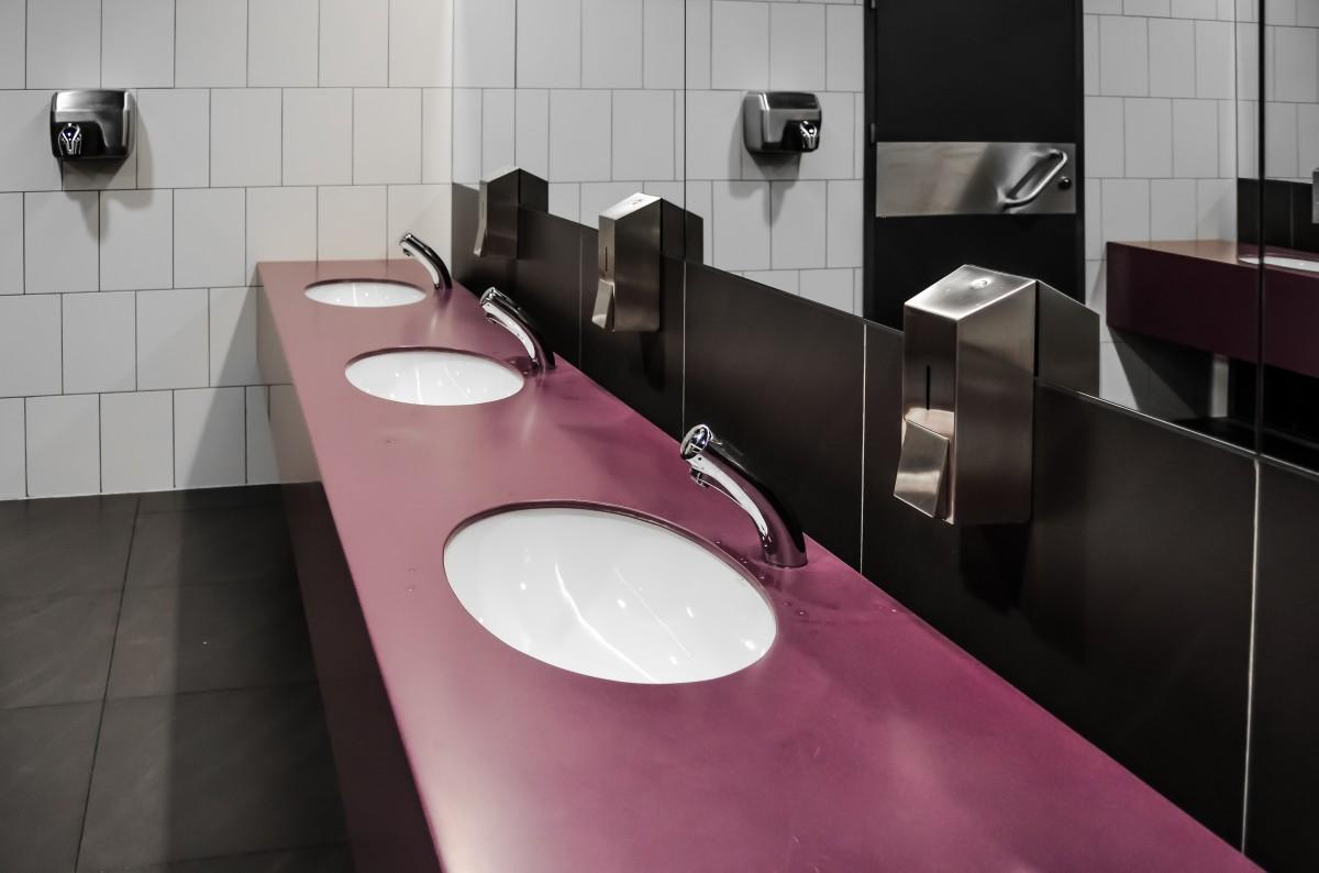 Il bagno del bar: quanto è importante per la reputazione del tuo locale?