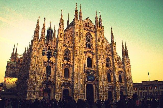 Chi cresce insieme a Milano? Tutti noi