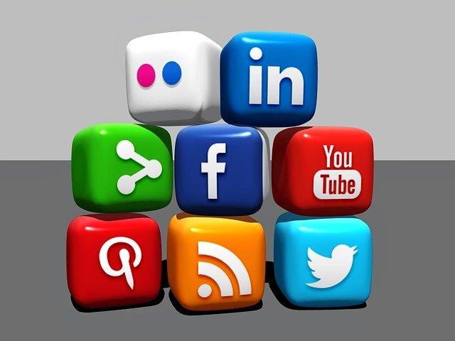 Come usi i Social?